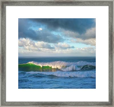 Framed Print featuring the photograph Wave Length by Darren White
