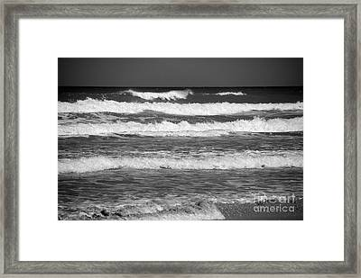 Waves 3 In Bw Framed Print by Susanne Van Hulst