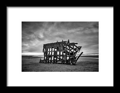 Peter Iredale Framed Prints