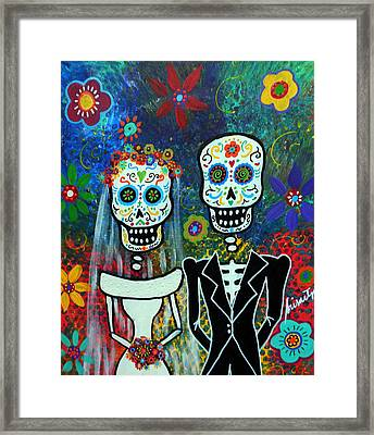 Wedding Muertos Framed Print