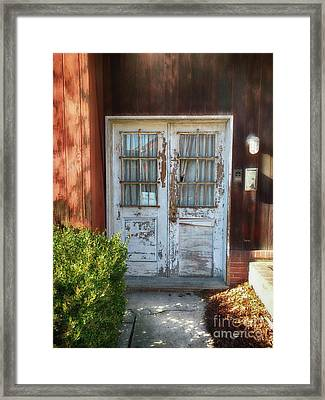 Welcome  Framed Print by Steven Digman