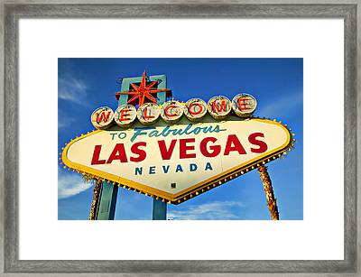 Welcome To Las Vegas Sign Framed Print by Garry Gay