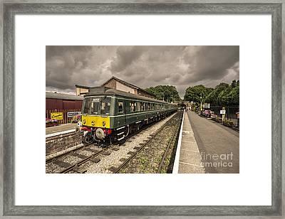 West Somerset Dmu  Framed Print by Rob Hawkins