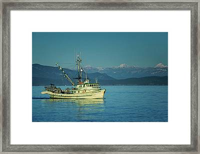 Framed Print featuring the photograph Western King At French Creek by Randy Hall