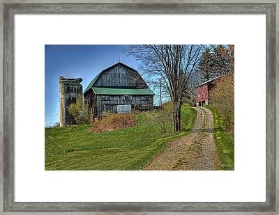 Western Pennsylvania Country Barn Framed Print by Dyle   Warren