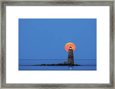 Framed Print featuring the photograph Whaleback Lighthouse With Buck Full Moon by Juergen Roth