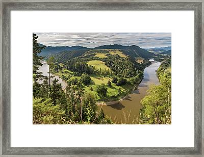 Framed Print featuring the photograph Whanganui River Bend by Gary Eason