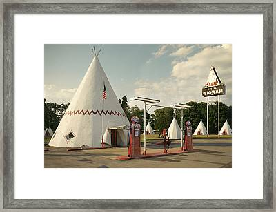 Wig Wam Motel And Indian Gasoline Station Framed Print by Mike McGlothlen