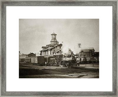 Wilkes Barre Pa. New Jersey Central Train Station Early 1900's Framed Print