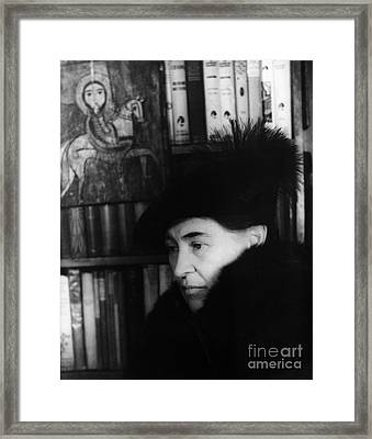 Willa Cather, American Author Framed Print by Science Source