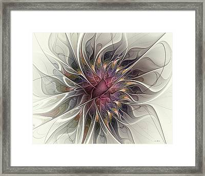 Willowy Mum Framed Print