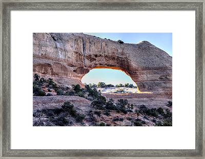 Framed Print featuring the photograph Wilson Arch In The Morning by Alan Toepfer
