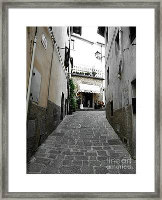 Wine Shop In Radda Framed Print by Linda Ryan