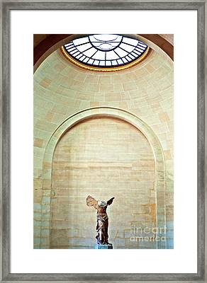Winged Victory Of Samothrace Louvre Framed Print by Loriannah Hespe