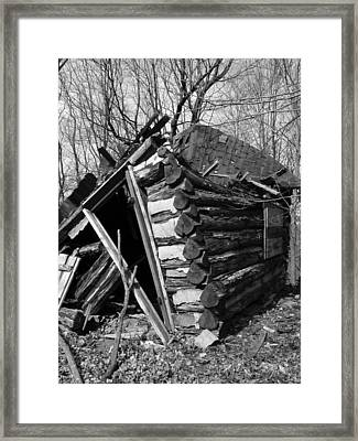 Winslowlogcabin Framed Print by Curtis J Neeley Jr