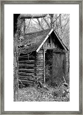 Winslowlogouthouse-11x17 Framed Print by Curtis J Neeley Jr