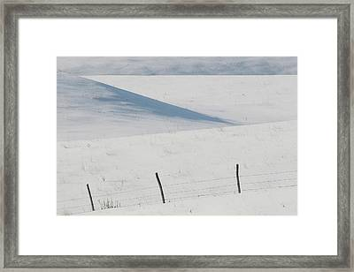 Winter Day On The Prairies Framed Print by Mark Duffy