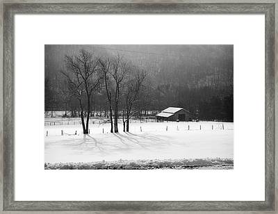 Framed Print featuring the photograph Winter In Boxley Valley by Michael Dougherty