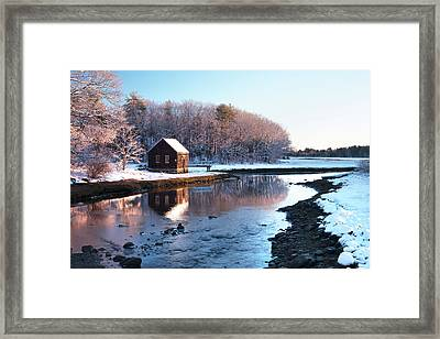 Winter Scene In Rye Nh Framed Print by Eric Gendron