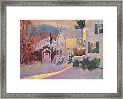 Winter Sun In Cheshire Framed Print by Len Stomski