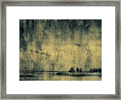 Winters Silence Framed Print
