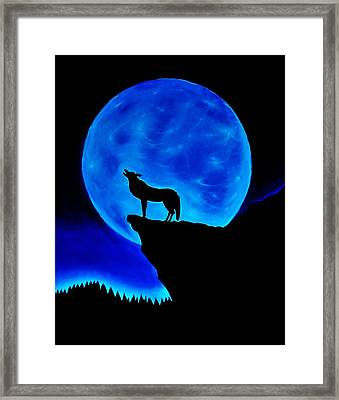 Wolf Howling  Framed Print by Nicole  Cris