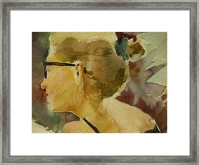Woman At The Cafe Framed Print by Walt Maes