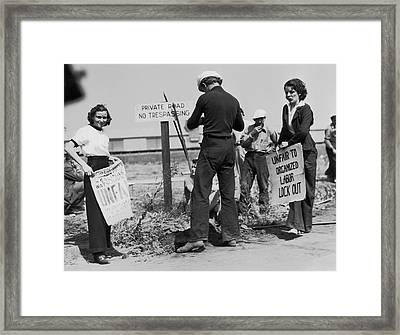 Women Pickets In Salinas Framed Print by Underwood Archives