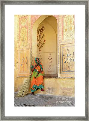 Workers In Amer Fort 01 Framed Print