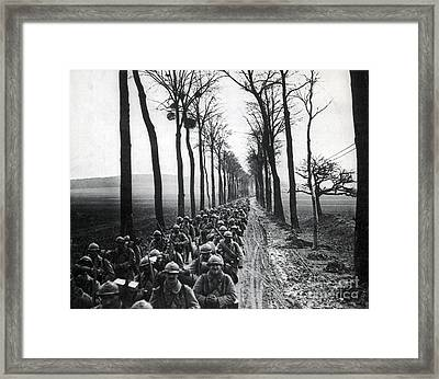 Wwi, French Infantrymen, Battle Framed Print by Science Source