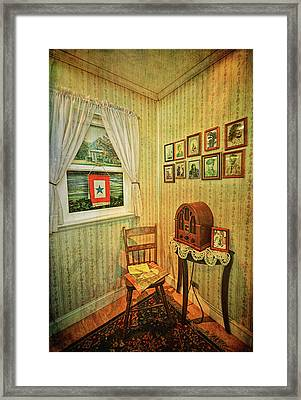 Framed Print featuring the photograph Wwii Era Room by Lewis Mann