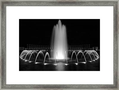 Wwii Memorial Fountain 1 Framed Print by Paul Basile