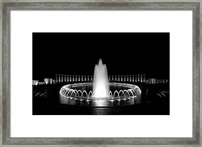 Wwii Memorial Fountain 2 Framed Print by Paul Basile