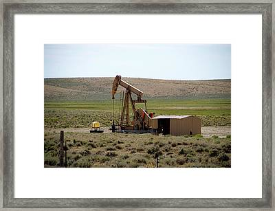 Wyoming Pumping Station On The Ranch Framed Print by Thomas Woolworth