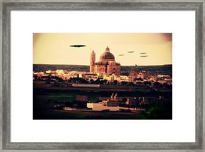X7 Ufo Framed Print by Raphael Terra