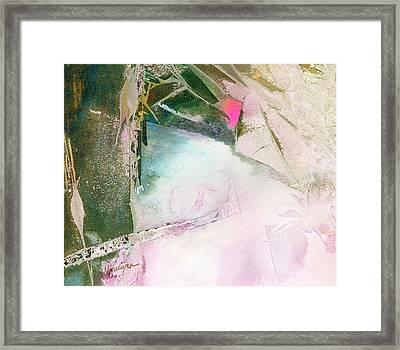 Yin-yang Framed Print