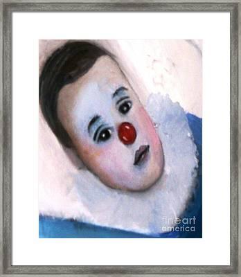 YO Framed Print by Patricia Velasquez de Mera