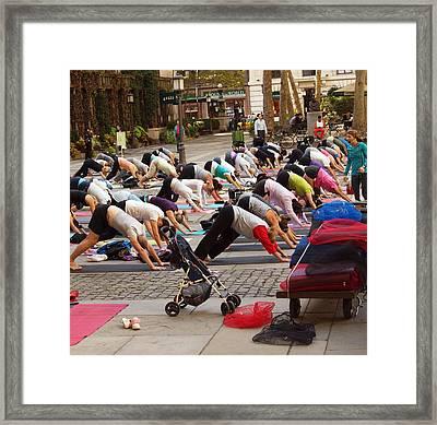 Yoga At Bryant Park Framed Print by Luis Lugo