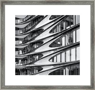 zaha hadid Architecture in NYC Framed Print