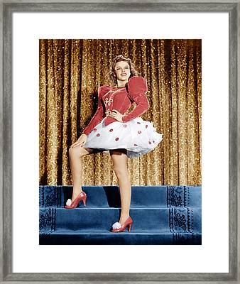 Ziegfeld Girl, Judy Garland, 1941 Framed Print by Everett