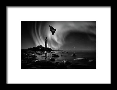 Vulcan Xh558 Framed Prints