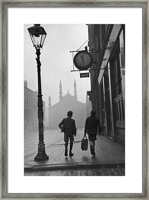 Glasgow Boys Framed Print by Bert Hardy