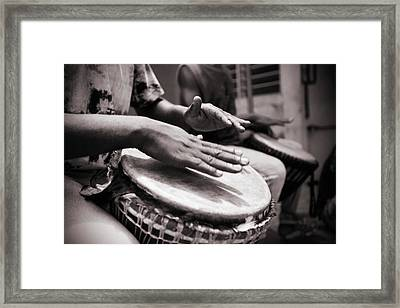 Jembe Players Framed Print by Peeterv