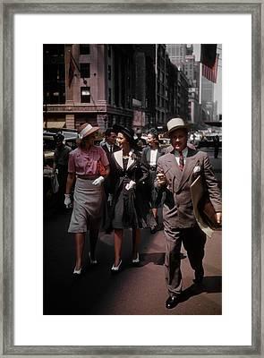 Mad Men Framed Print by Michael Ochs Archives