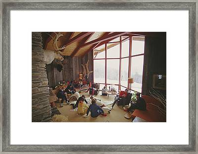 On The Slopes Of Sugarbush Framed Print by Slim Aarons