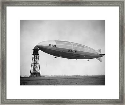 R 101 Moored Framed Print by Fox Photos