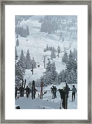 Skiing In Vail Framed Print by Slim Aarons