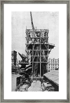 Statue Of Liberty Framed Print by Hulton Archive