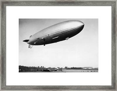 Airship Aloft Framed Print by Hulton Archive