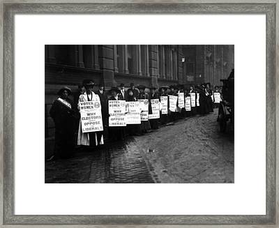 Anti-liberal Demo Framed Print by Hulton Archive